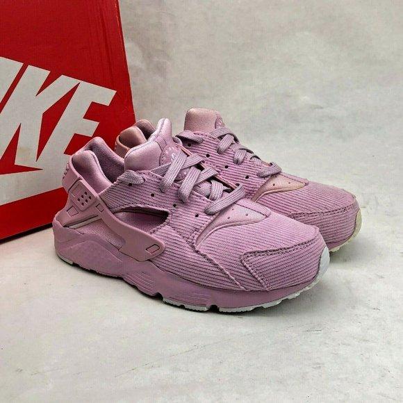 Nike Shoes   Huarache Run Se Light Pink